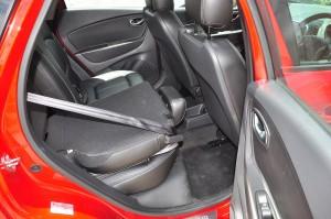 Renault Captur_Foldable Rear Seat