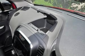 Renault Captur_Dashboard_Storage