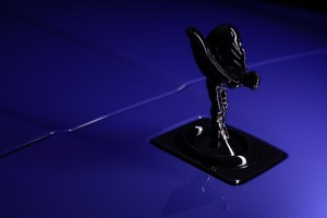 Rolls-Royce_Black Badge_Neon Nights_Spirit Of Ecstasy