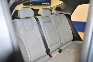 Hyundai Elantra_Rear Seats_Leather