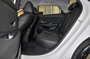 Hyundai Elantra_Black Leather Seats