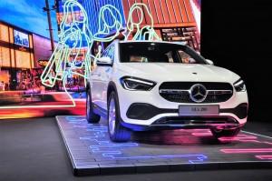 Mercedes-Benz GLA 200 Progressive Line
