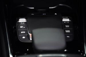 Mercedes-Benz GLA 200_Touch Controller_Drive Modes_Navigation