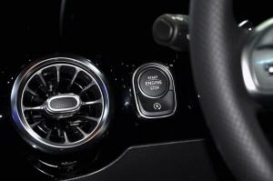 Mercedes-Benz_Stop Start Button