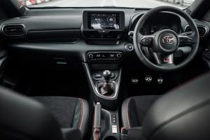 GR Yaris_Dashboard_Steering