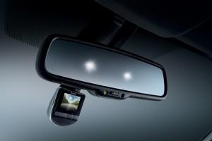 Toyota_Front Digital Video Recorder (DVR)_Electrochromic Mirror