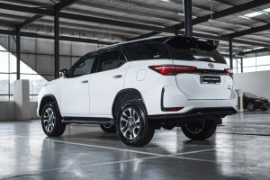 Toyota Fortuner SUV_Rear