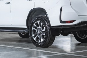 Toyota Fortuner_18 Inch Alloy Wheel