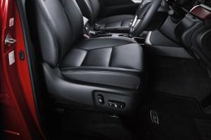 Toyota Innova_8-way Power Adjustable Driver Seat
