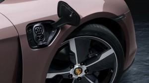 Porsche_Charging Port