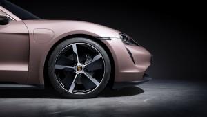 Porsche_Taycan_Front Wheel