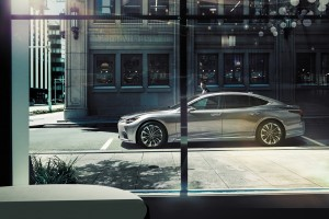 Lexus LS_Side View