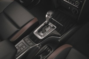 Toyota Fortuner_Gear Lever_Drive Modes