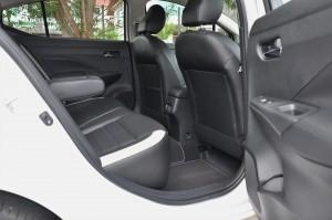Nissan Almera Turbo_Rear Seats_Legroom