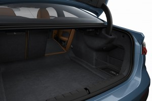 BMW 430i Coupe M Sport_Boot_Cargo Space