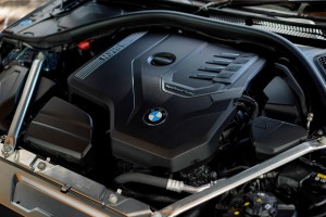 BMW 430i Coupe M Sport_Engine