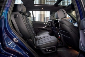 BMW X7 xDrive40i Pure Excellence_Rear Seat