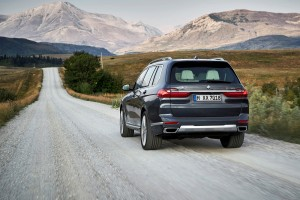 BMW X7 xDrive40i Pure Excellence_Rear