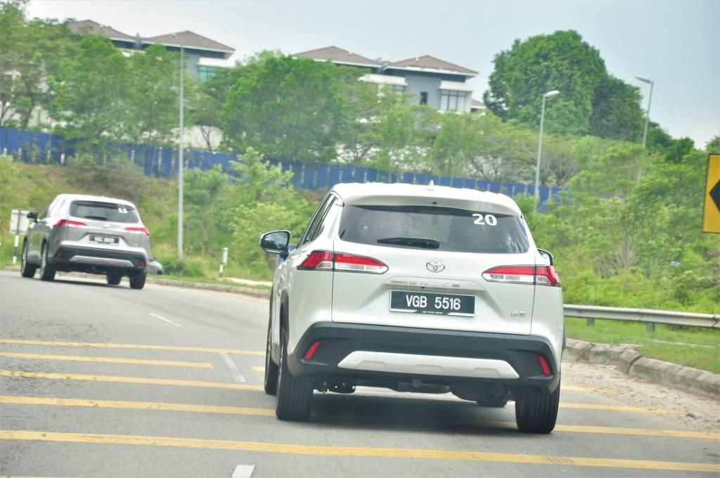 Toyota Corolla Cross_1.8G_Rear