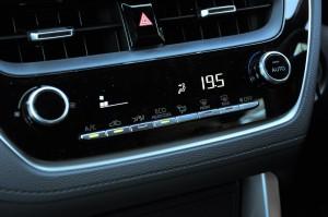 Toyota Corolla Cross_Climate Control