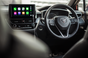 Toyota Corolla Cross_Infotainment_Apple CarPlay_Android Auto_Steering