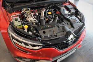 Renault Megane R.S. 300 Trophy_1.8 Turbo Engine