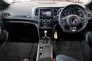 Renault Megane R.S. 300 Trophy_Dashboard_Steering_Gear Lever