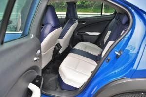 Lexus UX 200 Luxury_Rear Seats