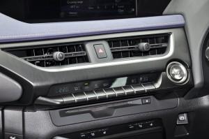 Lexus UX 200_Climate Control_Air Vents_Seat Ventilation