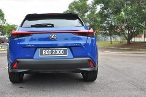 Lexus UX 200_Back