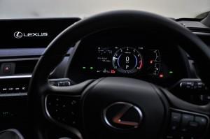 Lexus UX 200_Digital Instrument Cluster