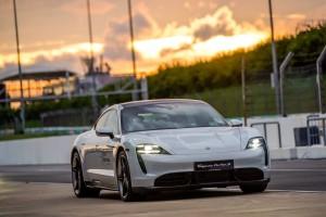 Porsche_Taycan Turbo S