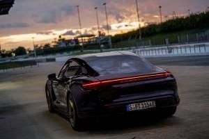 Porsche Taycan Turbo_Rear
