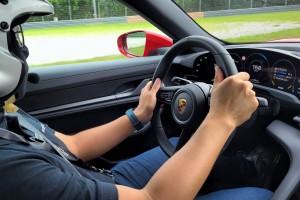 Porsche Taycan_Cockpit