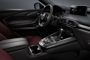 Mazda CX-9_Cockpit_Steering_Centre Console_Infotainment
