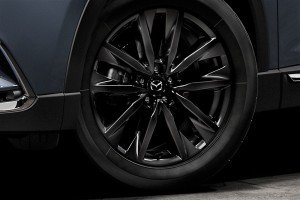 Mazda_Black Metallic Wheel